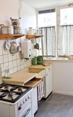 Reminds me of our old Dutch kitchen growing up!