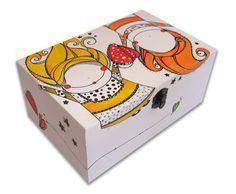Cajitas de madera Ilustradas una a una. www.caperucitazul... www.facebook.com/... www.margaritarosa... Caja El amour 482