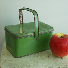 Vintage Green Metal Child's Lunch Picnic Tin