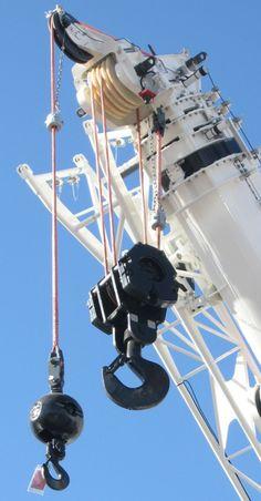 Manitowoc and Samson unveil rope (Fiber Hoist Rope) for mobile cranes Crawler Crane, Crochet, Fighter Jets, Aircraft, Fiber, Transportation, Aviation, Low Fiber Foods, Ganchillo