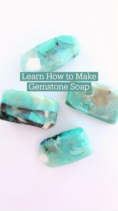 Homemade Beauty Tips, Homemade Skin Care, Diy Soap And Shampoo, Diy Beauty Treatments, Diy Resin Crafts, Soap Base, Body Soap, Glycerin Soap, Diy Manicure