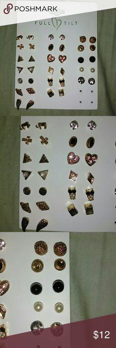 18 pairs of earrings Full tilt 18 pairs of unused earrings Full Tilt Jewelry Earrings