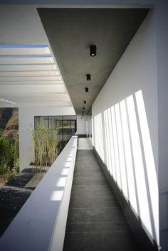 Gallery of UP Villa / Arsh [4D] Studio - 13