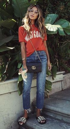 red tee. jeans. summer style.
