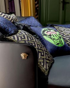 Inside Versace Home - featuring our new La Greca signature pattern, #VersaceHome presents its latest collections as part of #MilanoDesignWeek2021. Visit the show space at Via Durini 11 to view the latest furniture and design pieces. Versace Home, Versace Fashion, Bear Makeup, Home Collections, Decoration, Tiles, Luxury, Wallpaper, Interior