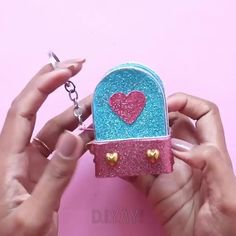 Diy Crafts For Girls, Diy Crafts Hacks, Diy Home Crafts, Diy Arts And Crafts, Creative Crafts, Fun Crafts, Paper Crafts Origami, Paper Crafts For Kids, Diy Doll School Supplies