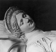 Christian Daniel Rauch, Tomb of Queen Louise of Prussia (detail) 1811/ 1814 Marble Mausoleum, Charlottenburg Park, Berlin
