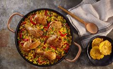 Arroz con Pollo - Chicken & Rice The Classic Caribbean & Spanish Meal Pollo Chicken, Chicken Rice, Mexican Food Recipes, Dinner Recipes, Ethnic Recipes, Rice Recipes, Mexican Cooking, Recipies, Goya Recipe