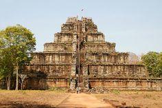 Prasat Thom en Koh Ker (antigua capital del imperio Khmer) Camboya