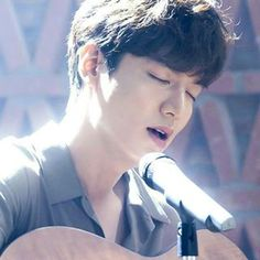 Lee min Ho while singing in the l legends of the blue sea Boys Over Flowers, Korean Celebrities, Korean Actors, Legend Of Blue Sea, Lee Min Ho Legend Of The Blue Sea Wallpaper, Lee Min Ho Kdrama, Lee Minh Ho, Lee And Me, Lee Min Ho Photos