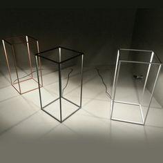 #NovitàFlos #Ipnos: un parallelepipedo di pura luce che riempie e si riempie dello spazio circostante. Scopri le caratteristiche sul nostro blog! http://blog.professioneluce.it/ipnos-geometria-di-luce/