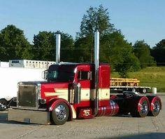 Peterbilt custom 379 - US Trailer would love to bu… - Dually Trucks, Big Rig Trucks, Diesel Trucks, Semi Trucks, Lifted Trucks, Cool Trucks, Custom Peterbilt, Peterbilt 359, Peterbilt Trucks
