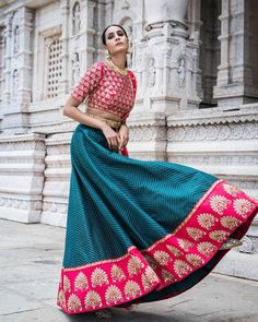 Mrunalini Rao Collection. Indian Skirt, Indian Dresses, Indian Outfits, Pakistani Outfits, Indian Attire, Indian Wear, Ethnic Fashion, Indian Fashion, Gagra Choli