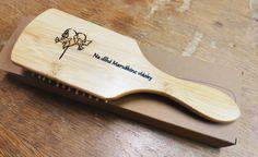 Masážna drevená kefa s gravírovaním. Bamboo Products, Hair Brush, Bamboo