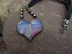 Atelier-Muza / Náhrdelník mozaikové srdce Earrings Handmade, Jewerly, Arrow Necklace, Fashion, Atelier, Moda, Jewlery, Fashion Styles, Schmuck