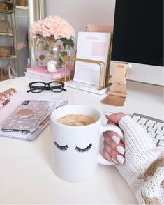 Cheers to the weekend! feeling accomplished because I hit my work out goal for two weeks in a row! whats something you accomplished this week or recently that youre proud of? linking my favorite office accessories && mug in the app and link in my bio!