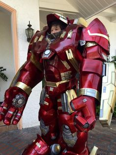 lights are not working on my hulkbuster in the avengers | Professor Thorgi — cosplay-gamers: Hulkbuster/Veronica from...