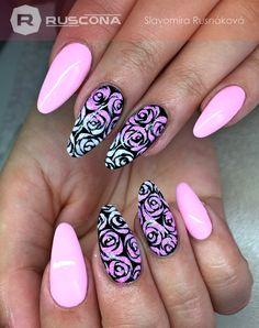 #nails #nailporn #nailworld #nailswag #gelnails #nailart #nailartclub #nailartlove #nailartworld #longnails #pinknails #roses #pink#nailsaddict #manicure #glamour #ruscona