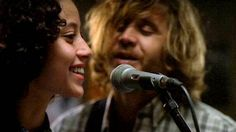 Ailín Salas y Santiago Pedrero. Los protagonistas del filme. FOTO: AURA FILMS