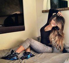 Love Becky G hair color