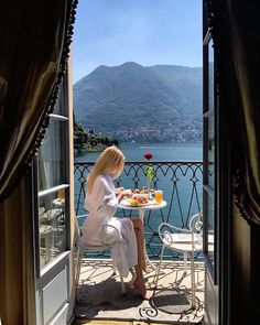 Nadire Atas on Lunch On Vacation The Places Youll Go, Places To Go, Beautiful World, Beautiful Places, Beautiful Beautiful, Travel Aesthetic, Sky Aesthetic, Travel Goals, Travel Style
