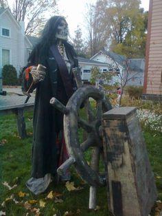 Tillson street: Halloween!
