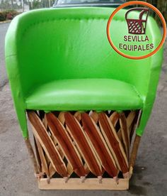 Oversized Traditional Equipal Chair