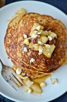 Hazelnut pancakes with pear compote