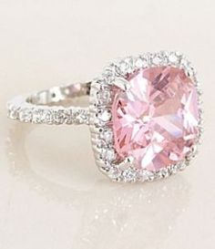 Pink Stone Ring........LOVE!!!!! I WANT THIS!