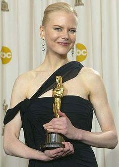 "3/6/14 2:30a The Academy Awards Ceremony 2003: Nicole Kidman Best Actress Oscar for ""The Hours"" (2002)"