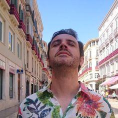 !Qué fresquito se estaba en la calle Larios!. Vaya final del verano más bueno estamos pasando en #Málaga #España #Spain