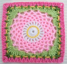 Ravelry: Project Gallery for Dream Catcher pattern by Sherry Welch