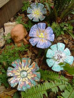 Mosaic flowers. These are seriously cool