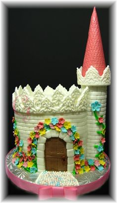 castle cake-the princess might need this for her bday :)