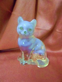 Vintage FENTON Art Glass Sitting Cat Figurine - Clear Cat with Milk Slag- Artist Signed- Strawberries & Flowers- Lovely Glass Art- Fantastic...