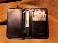 my new medium size black wallet:)