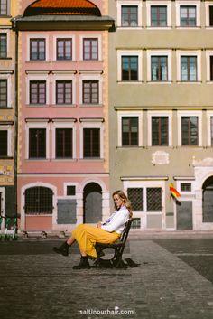 Warsaw Old Town, Warsaw Poland, Warsaw University, Neon Museum, Poland Travel, Bus Ride, Public Garden, Best Cities, Street Artists