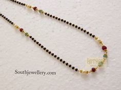 black beads mangalsutra Beaded Necklace Patterns, Beaded Jewelry Designs, Gold Jewellery Design, Jewelry Patterns, Necklace Designs, Handmade Jewelry, Gold Jewelry Simple, Mom Jewelry, Pandora Jewelry