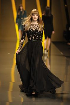 This is an amazing piece. Cheers, Elie! Elie Saab RTW Fall 2012