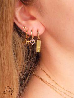 Ear Jewelry, Trendy Jewelry, Cute Jewelry, Jewelry Accessories, Handmade Jewelry, Preppy Bracelets, Cool Ear Piercings, Accesorios Casual, Workout Accessories