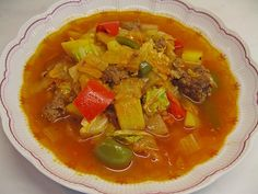Chinese coal stew by Chinese Cabbage, Chinese Food, Chinese Recipes, Cabbage Stew, Soup Crocks, Fodmap, Thai Red Curry, Soup Recipes, Slow Cooker