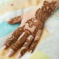 💖💞suad💖💞. .             #mehendi #mehendidesigns #designs #henna #love #beautiful #handfree #arabicmehendi #designing #beautiful #awesome