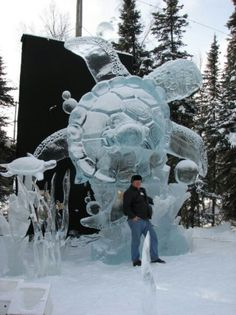 What a great piece of work! Snow Sculptures, Sculpture Art, Scenic Photography, Night Photography, Landscape Photography, Save The Sea Turtles, Old Country Churches, Ice Art, Ice Castles