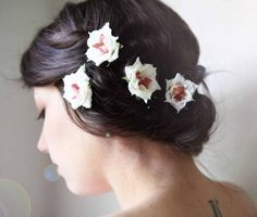 flowers in hair for MOH  @Katie Reiser --We should order these for you