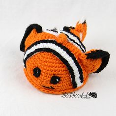 Charlie the Clownfish Scrubby pattern by Charlyn Smith