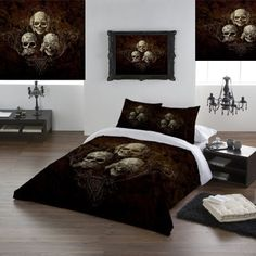 Alchemy Gothic See No Evil Double Duvet Set (Also in King Size / Queen Size, Super King and Single). This stunning Double Duvet set, with Alchemy's See No Evil three skulled design. Something completely different for the bedroom. From ANGEL CLOTHING