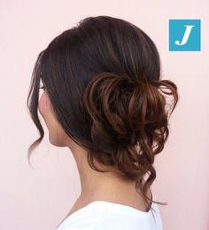 Lo stile semplice e chic del Degradé Joelle  #cdj #degradejoelle #tagliopuntearia #degradé #igers #musthave #hair #hairstyle #haircolour #longhair #ootd #hairfashion #madeinitaly #wellastudionyc #model