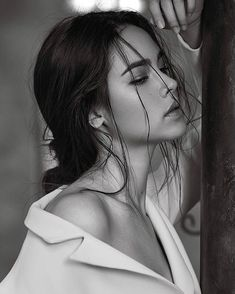Hundreds of new looks updated every day! Be Your Own Kind Of Beautiful, Most Beautiful Faces, Face Photography, Photography Women, Black And White Portraits, Black And White Photography, Miss Universe Philippines, Art Visage, Holy Chic