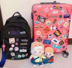 Diy Backpack, Jansport Backpack, Mochila Kpop, Bts Bag, Exo Merch, Aesthetic Backpack, Mini Mochila, Hair Care Recipes, Orange Backpacks