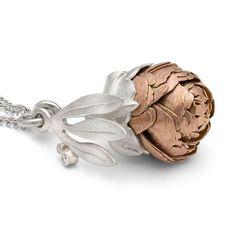 Fine Kinetic Jewellery Handmade in Cornwall by Victoria Walker | Peony Locket